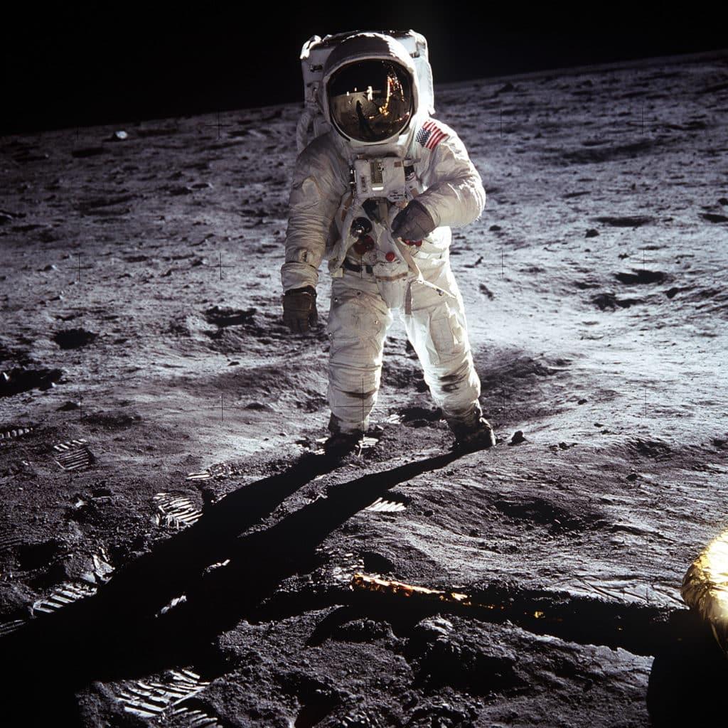 suolo lunare