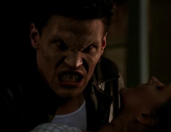 Ve lo ricordate Angel? Uno dei vampiri di Buffy :D